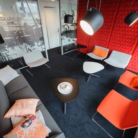 <strong>Vergaderruimte Red Room bij ZAPP office Rotterdam</strong>